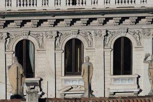 Fregi Palazzo Bernasconi zona Palestro Milano - Merope Asset Management
